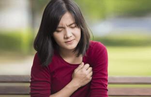 علت درد قفسه سینه: ۲۵ اختلال و بیماری که سبب بروز این درد ناخوشایند می شوند