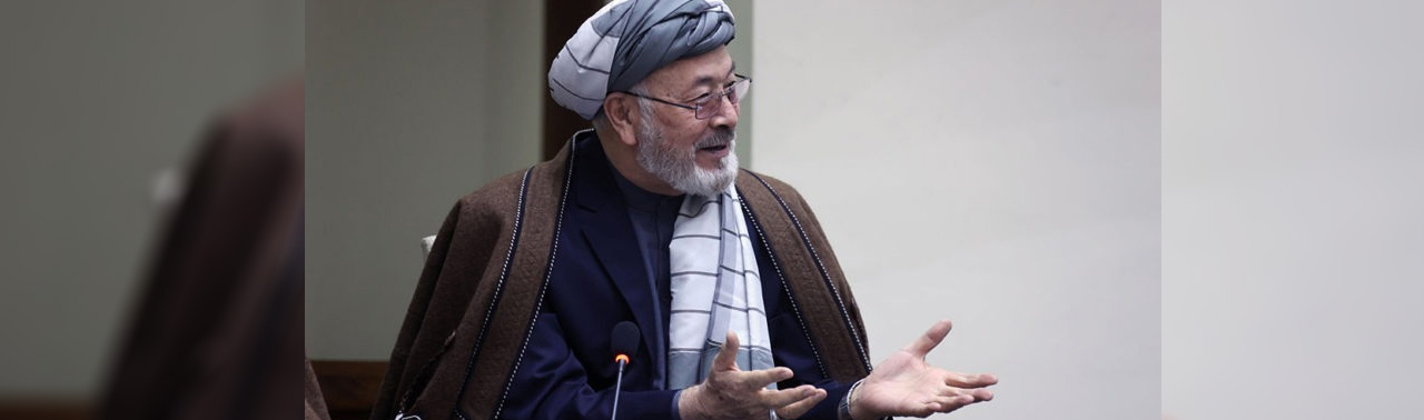 ادامه بازدید رهبران سیاسی افغانستان از پاکستان؛ کریم خلیلی امروز به اسلام آباد می رود