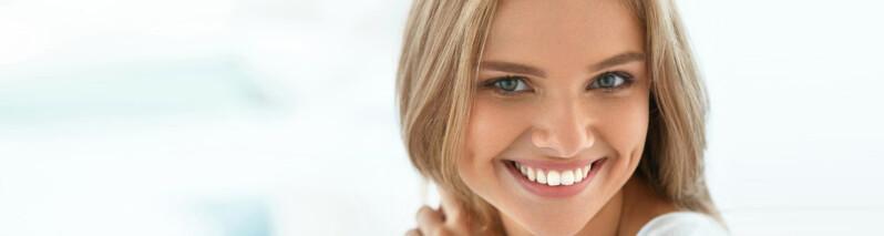 سفید کردن دندان ها: ۱۰ روش طبیعی که لبخندی زیبا داشته باشید!