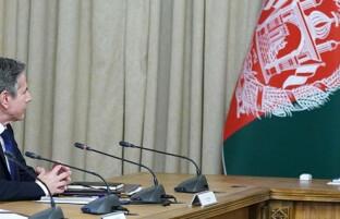 سفر غیر منتظره وزیر خارجه آمریکا به کابل؛ بلینکن با رهبران ارگ و سپیدار دیدار کرد