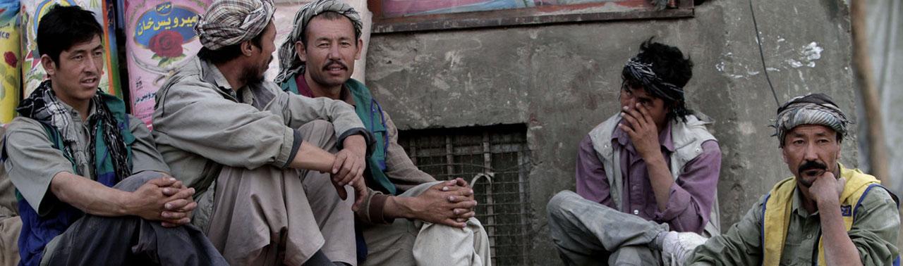 از ترک سرمایه گذاران تا افزایش فقیران؛ وضعیت اقتصادی افغانستان پس از پایان خروج نظامیان بین المللی چگونه می باشد؟