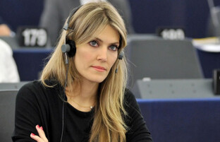 زیبارویان دنیای سیاست: ۱۰ زیباترین زنان سیاستمدار جهان در سال ۲۰۲۰