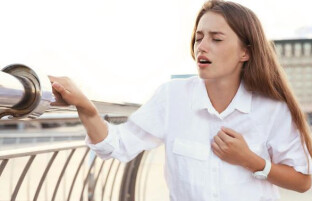 حمله قلبی در زنان: ۱۵ نشانه رایج حمله قلبی در زنان را بشناسیم