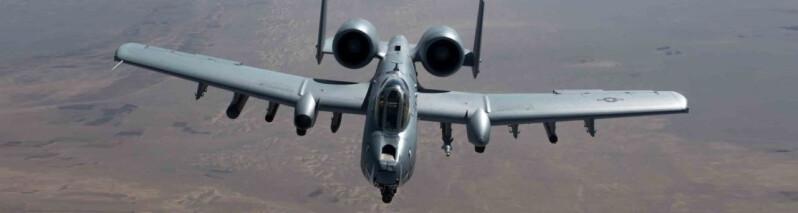 سپردن دومین پایگاه به نیروهای افغان؛ آمریکا در هلمند به حمایت از نیروهای افغانستان طالبان را هدف قرار داده است
