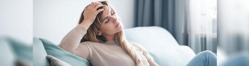 کمبود استروژن در زنان:  علائم، فاکتورهای خطر و راه های درمان این مشکل