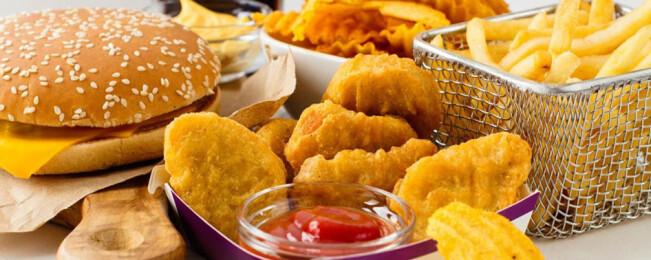 ۶ ماده غذایی که عامل التهاب در بدن هستند
