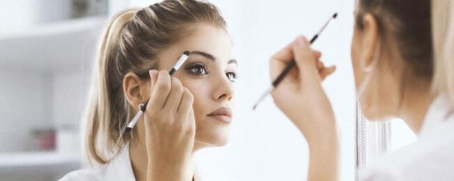 ۱۶ ترفند زیبایی ساده که زندگی هر زنی را راحتتر میکند