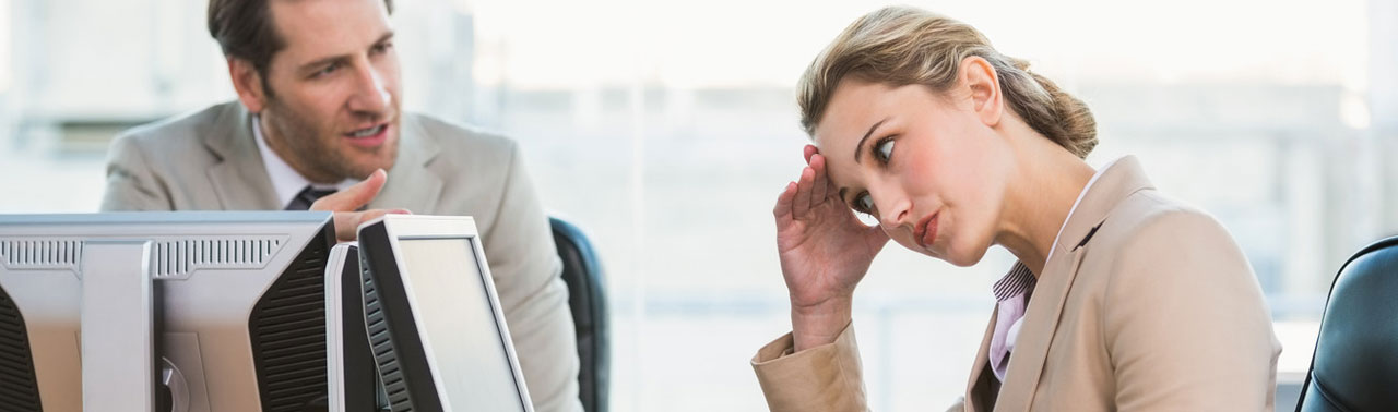 ۱۰ چیز که هرگز نباید به همکارتان بگویید