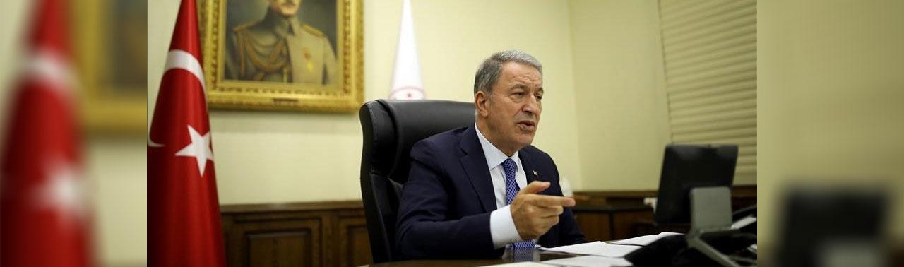 وزیران دفاع ترکیه و افغانستان درباره طرح امنیتی میدان هوایی کابل گفتگو کردند