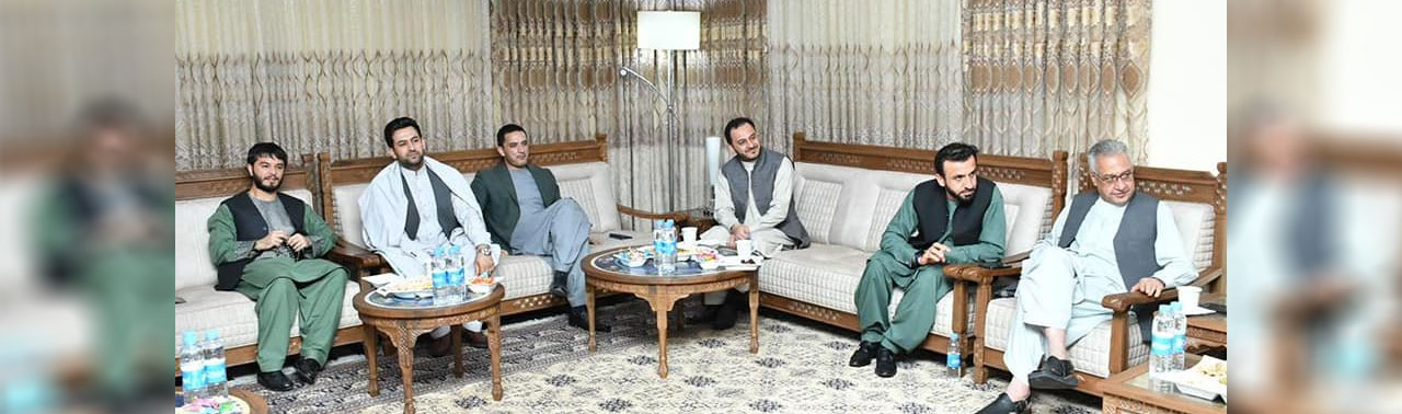 برگزاری نشست اضطراری؛ اسماعیل خان والی هرات تعیین شود
