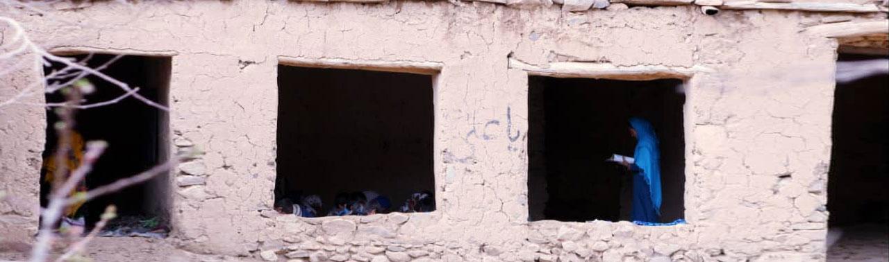 تهدیدهای امنیتی طالبان در بامیان؛ صدها دانش آموز از آموزش و پرورش محروم شدهاند